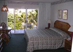 Room at Kaanapali Beach Hotel Maui from Jon's Maui Info www.mauihawaii.org