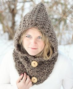 The+cold+of+winter+won't+feel+so+chilling+when+you+wear+this+chunky+crochet+HOODIE+cowl!    The+crochet+fabric+is+thick,+but+soft+and+cushy+due+to+a+fun+rib-type+stitch+that+is+easy+to+do.    It+is+a+hoodie+and+a+cowl+all+in+one,+done+with+#6+Super+Bulky+yarn+and+a+large+hook.    Make+it+in+your+...