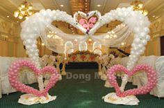 Balloon wedding arch. #balloon-arch #balloon-decor #balloon-wedding-decor