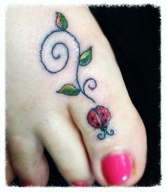 Pin by Mia Sample on Trenda tribute tattoo Sweet Tattoos, Girly Tattoos, Dream Tattoos, Tattoos For Guys, Side Foot Tattoos, Toe Tattoos, Henna Designs Feet, Flower Tattoo Designs, Lace Tattoo