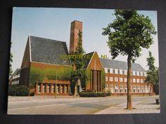 kweekschool leger des heils amstelveen . Stond in mijn tijd aan de Amsterdamseweg, in de bocht. Gesloopt en vervangen door luxe appartementen.