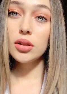 Alycia Debnam Carey, Hair Colour For Green Eyes, Lexa Y Clarke, Lexa The 100, The 100 Cast, Eliza Taylor, Fear The Walking, Clexa, Famous Faces