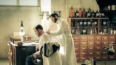 """Charité"": Diese Krankenhausserie schreibt Geschichte   HÖRZU Berlin, History, Tv Series, Movies, Medical Research, New Chapter, Season 3, Medical Drama, Historia"