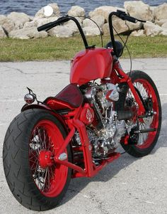 Red is sexy, bikes are sexy...