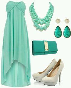 vestido en verde claro