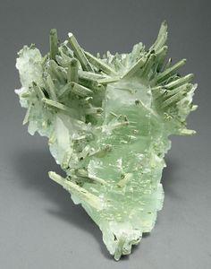 Fluorite with Quartz and Mica :: Pingshi, Guangdong  China