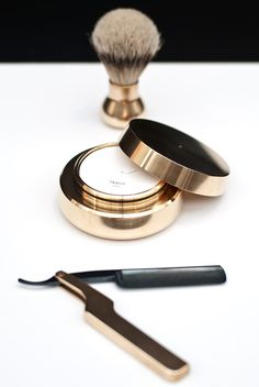 Stunning men's grooming kit. #innovative #fresh. #idea personal favourite from all of the Secret D'or team.