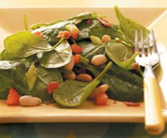 Cookies Kitchens: Spinach Bean Salad w/ Maple Dressing (Yes, Maple!)