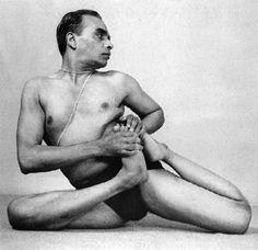 B K S Iyengar in Vamadevasana