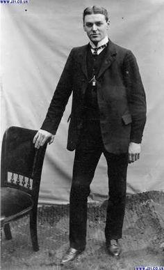 「1910s mens fashion」の画像検索結果