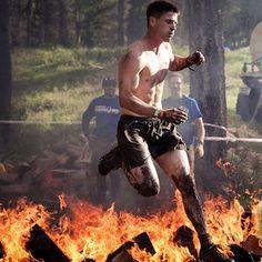 Cody Moat running through fire at Spartan race – Gnarly Nutrition #spartanrace #gnarlynutrition