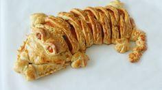 Silvestrovské hodování: Překvapte nadívaným krokodýlem! | Hobbymanie.tv - ta nejlepší stáj pro všechny vaše koníčky Pancakes, Meat, Chicken, Baking, Breakfast, Food, Tv, Morning Coffee, Bakken