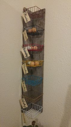 Corner wall baskets for holding daily egg collection. Created by Ally and Ivan Kenyon Chicken Garden, Chicken Life, Backyard Chicken Coops, Chicken Coop Plans, Backyard Farming, Chicken Eggs, Chickens Backyard, Chicken Houses, Urban Chickens