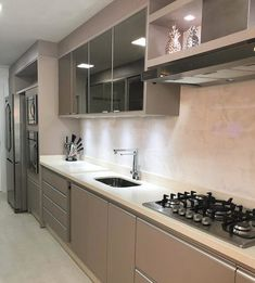 Any style goes in kitchen design - inspiration is limitless Kitchen Interior, Kitchen Decor, Modern Kitchen Design, Cool Kitchens, Kitchen Remodel, Sweet Home, Kitchen Cabinets, House Design, Decoration