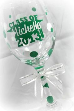 Graduation Glass Custom Wine Glasses, Personalized Wine Glasses, Graduation Ideas, Silhouette, Canning, Tableware, Shirt, Crafts, Dinnerware