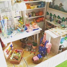 #landscape49 #写真集のようなホームページ作ってみました #まんまるの月夜 の以前の作品 #雑貨屋さん ひだまり ✨☀️です 毎日 ひとつずつ postさせていただこうかなぁーと思いますお付き合いくださると嬉しいです #japan#hokkaidohakodate #doolhouse #miniature#handmade #Knickknack #ドールハウス #ミニチュア #手作り #雑貨店 ひだまり #landscape49