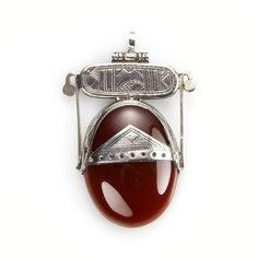 Pandantiv tuareg, argint și carneol, Sahara #metaphora #pendant #silverjewelry #carnelian #tuaregjewelry #sahara Bracelet Watch, Gemstone Rings, Gemstones, Watches, Bracelets, Accessories, Jewellery, Jewels, Gems