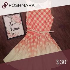 Checkered Coral Lauren Conrad Dress -Lauren Conrad Dress, Size 6  -Ombre Checkered pattern, from coral to ivory - fun full skirt LC Lauren Conrad Dresses
