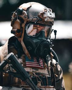 These army bois like to be spicy. Military Gear, Military Police, Military Weapons, Military Equipment, Military Diet, Special Forces Gear, Military Special Forces, Navy Seals, Tactical Helmet