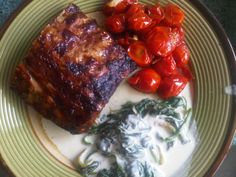 Costillita con tomate cherry y espinacas en crema¡¡¡¡