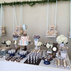 Bear themed baby shower by http://www.festasdaju.com.br/