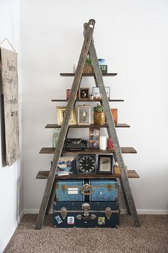 http://www.modelhomekitchens.com/category/Ladder/ Bookshelf Ladder Tutorial by Natalie Wright                                                                                                                                                     Más