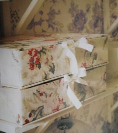 Crafts, Boxes, Tins, Baskets & Bags...Boxes