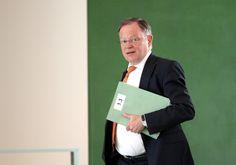 Niedersachsens Ministerpräsident: Asylbewerber werden nicht wieder zurückkehren - http://www.statusquo-news.de/niedersachsens-ministerpraesident-viele-asylbewerber-bleiben-hier/