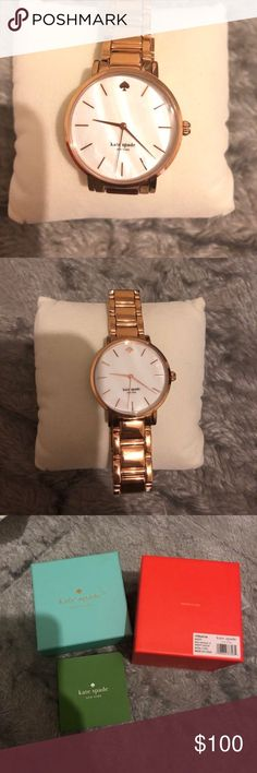 Kate Spade Roségold Uhr Perlmutt Gesicht Nie getragen, ich ...   - jessica buster -  #buster #Gesicht #getragen #Ich #Jessica #Kate #nie #Perlmutt #Roségold #Spade #Uhr Kate Spade Rose Gold, Mode Blog, Fashion Tips, Fashion Design, Fashion Trends, Gold Watch, White Gold, Pearls, Watches