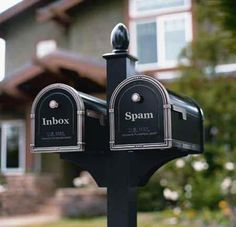Wouldn't it be nice if the mail came like this.... I'd need a bigger spam box!