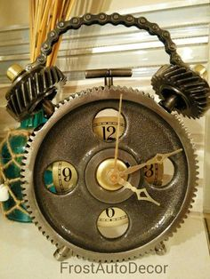 Check out this item in my Etsy shop https://www.etsy.com/listing/255021818/desk-gear-clock