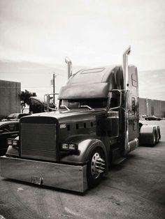 Custom Freightliner Classic                                                                                                                                                                                 More