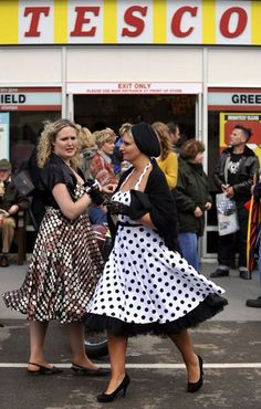 Tesco recreate 60's style supermarket at Goodwood revival