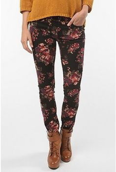 cd00a3fbfb34 BDG Cigarette Mid-Rise Jean - Black Floral - StyleSays Skinny Jeans Style