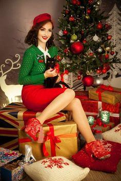 Idda van Munster...Christmas outfit ideas