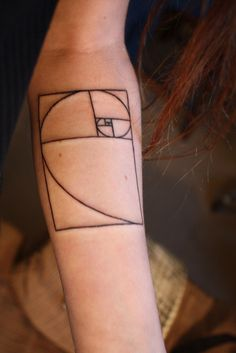 absolutely love and want this. i've wanted something fractal-like, mathy but elegant and symbolic -- thanks @Lauren Davison Lo Salant for the inspiration!