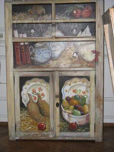 Viejo mueble pintado