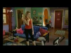 Extra en Español Episodio 1 : Ana y Lola comparten un piso... sacado de http://www.youtube.com/watch?v=PRlVbNnqlNU si quieres ver mas episodios, los encontraras en You tube.