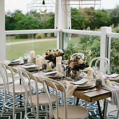 Completely in love with the Wild Escape styled shoot on the @casuarinaweddings blog tonight! Featuring our beautiful white bentwood chairs, timber dining tables, crockery, vases and glassware. Tap for credits of the talented vendors involved  Image by @ryderevansphoto