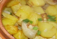 5 вкусных блюд из фарша. Отличная подборка - Рецепты и советы Fruit Salad, Potato Salad, Macaroni And Cheese, Potatoes, Meals, Ethnic Recipes, Food, Diet, Food And Drinks
