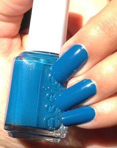 Essie nail polish swatch