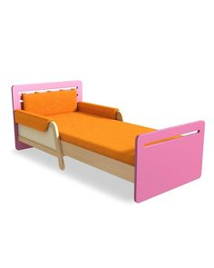 The «Timoore» expandable bed is an item of furniture that grows along with your child! The bed has an adjustable length, from 165 to 205 cm. The side panels together with the soft upholstered mats (optional) prevent a child from falling off the bed while sleeping. The headrest of the bed is designed in a way that you can attach oblong pillow (optional) which provides you with even greater comfort.