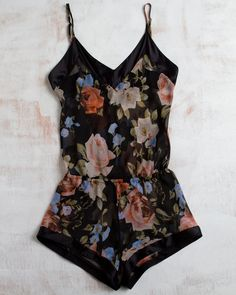 Black floral romper perfect for hot weather nights. Love this for pyjamas♡  So pretty!