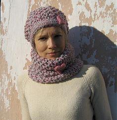 uKvetinky / pink or grey Grey, Crochet, Pink, Handmade, Fashion, Gray, Moda, Hand Made, Fashion Styles