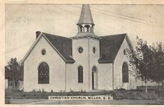 F13/ Miller South Dakota Postcard c1910 Christian Church Old Churches, My Church, Christian Church, South Dakota, Vintage Postcards, Notre Dame, Taj Mahal, Ebay, Vintage Travel Postcards