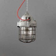 Fabriklampe/ Bunkerlampe