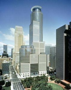 Capella Tower, Minneapolis IM Pei Willis Tower, Minneapolis, Minnesota, Multi Story Building, Construction, Tow Truck, Skyscrapers, Interior Design, Architecture