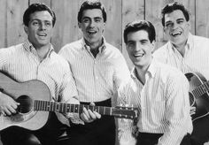 Legends: The Four Seasons from left Tommy De Vito, Frankie Valli, Bob Gaudio and Nick Massi 60s Music, Music Sing, I Love Music, Sound Of Music, Kinds Of Music, Rock Music, Bob Gaudio, Tommy Devito, Bonheur