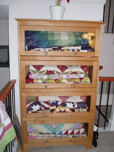 Large wall Quilt Hanger that hold up to six quilts. Many options ... : quilt display racks - Adamdwight.com