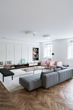 Contemporary living room is more than just a modern one. From our list of contemporary living room i. Living Room Decor On A Budget, Big Living Rooms, Living Room Colors, Living Room Grey, Living Room Designs, Cozy Living, Small Living, Estilo Interior, Sala Grande